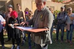 En Manel Barceló llegint poemes, el primer cap de setmana de mobilitzacions.